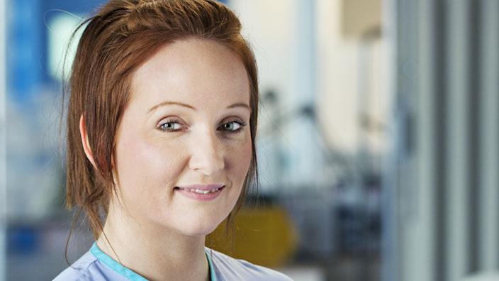Regardez l'intégralité de la vidéo pour découvrir les réactions des infirmières et des consommateurs